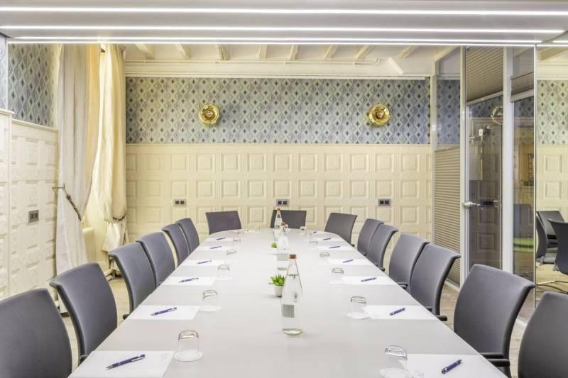 Salle de réunion à Auxerre